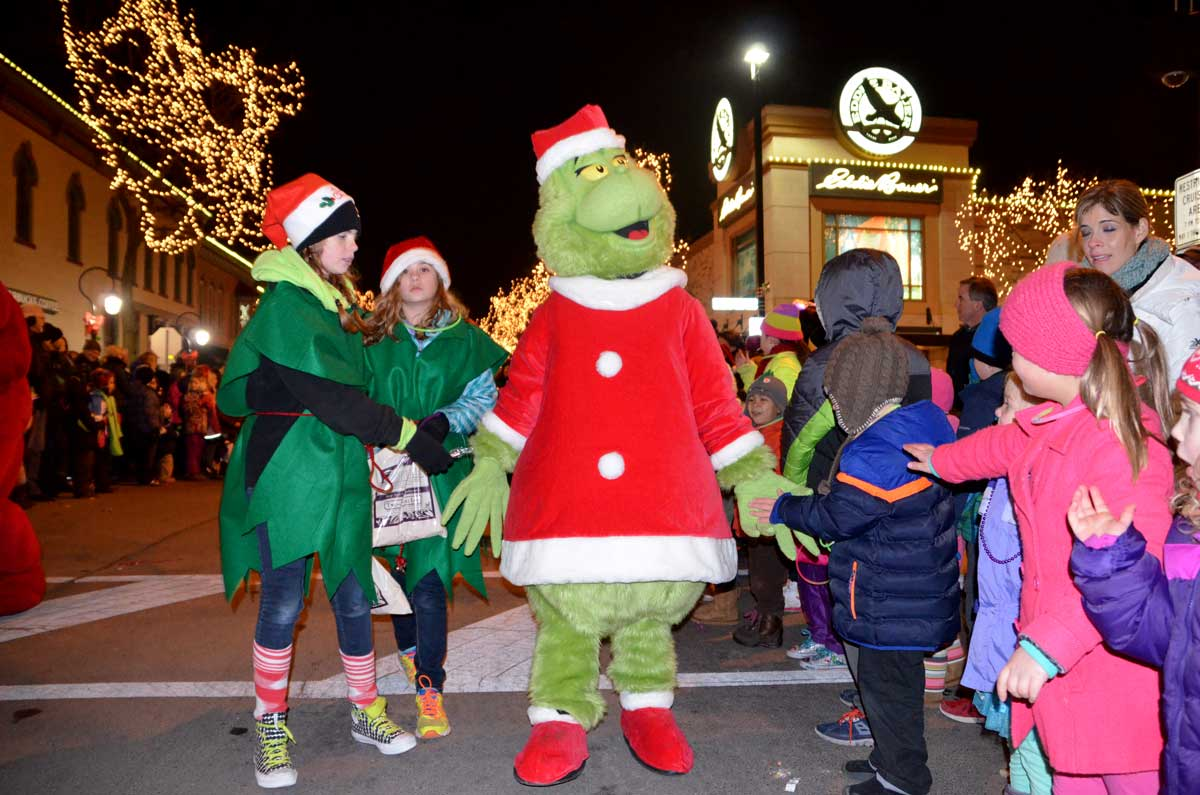 Downtown Naperville is set for seasonal attractions ...