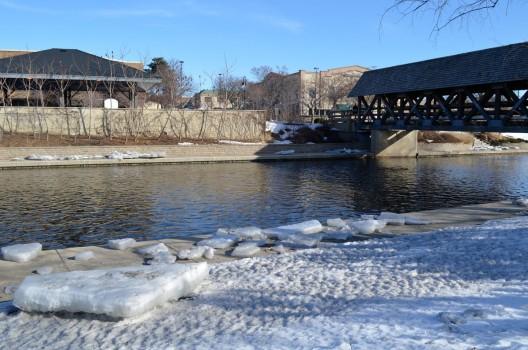 riverwalk-ice-feb-23-web