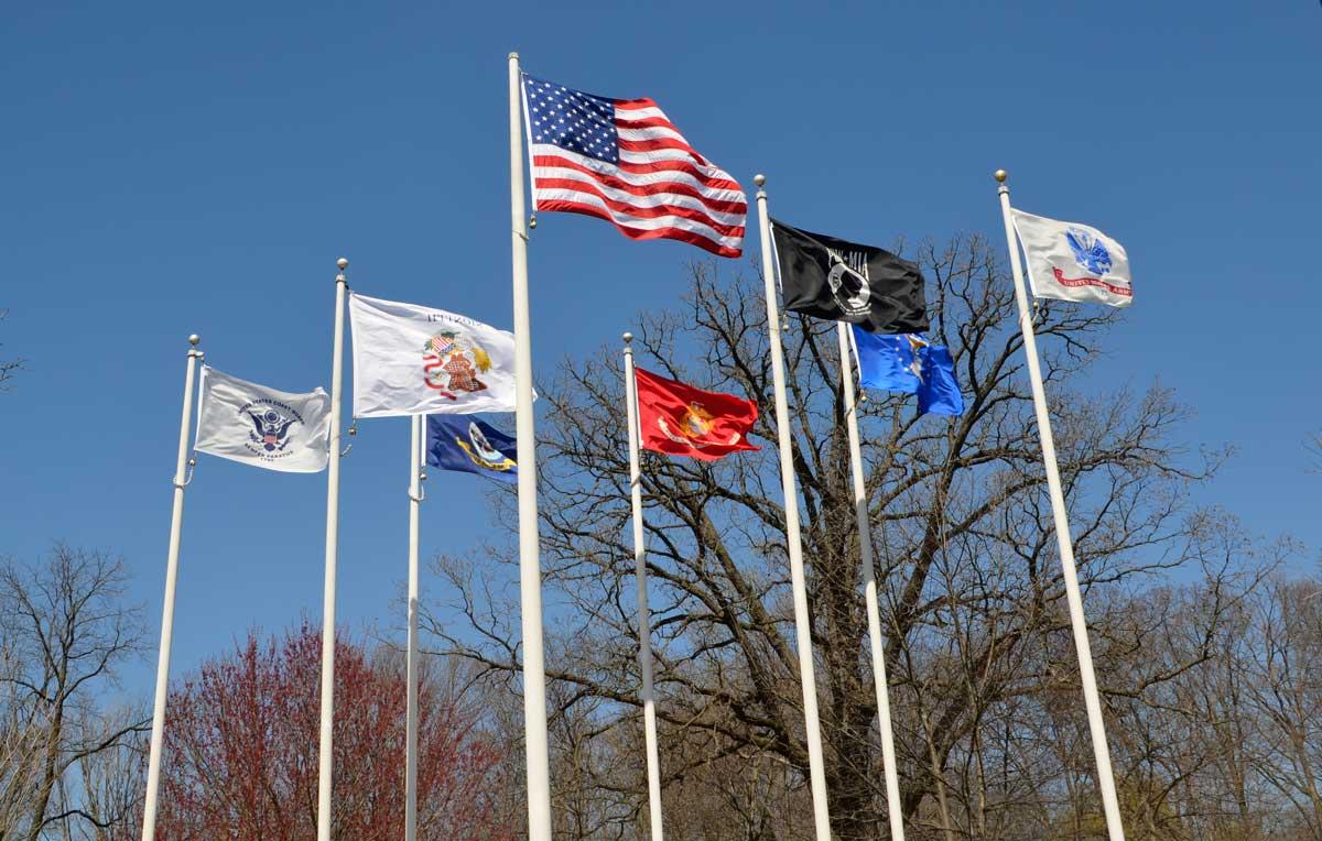 flags-flying-veterans-park