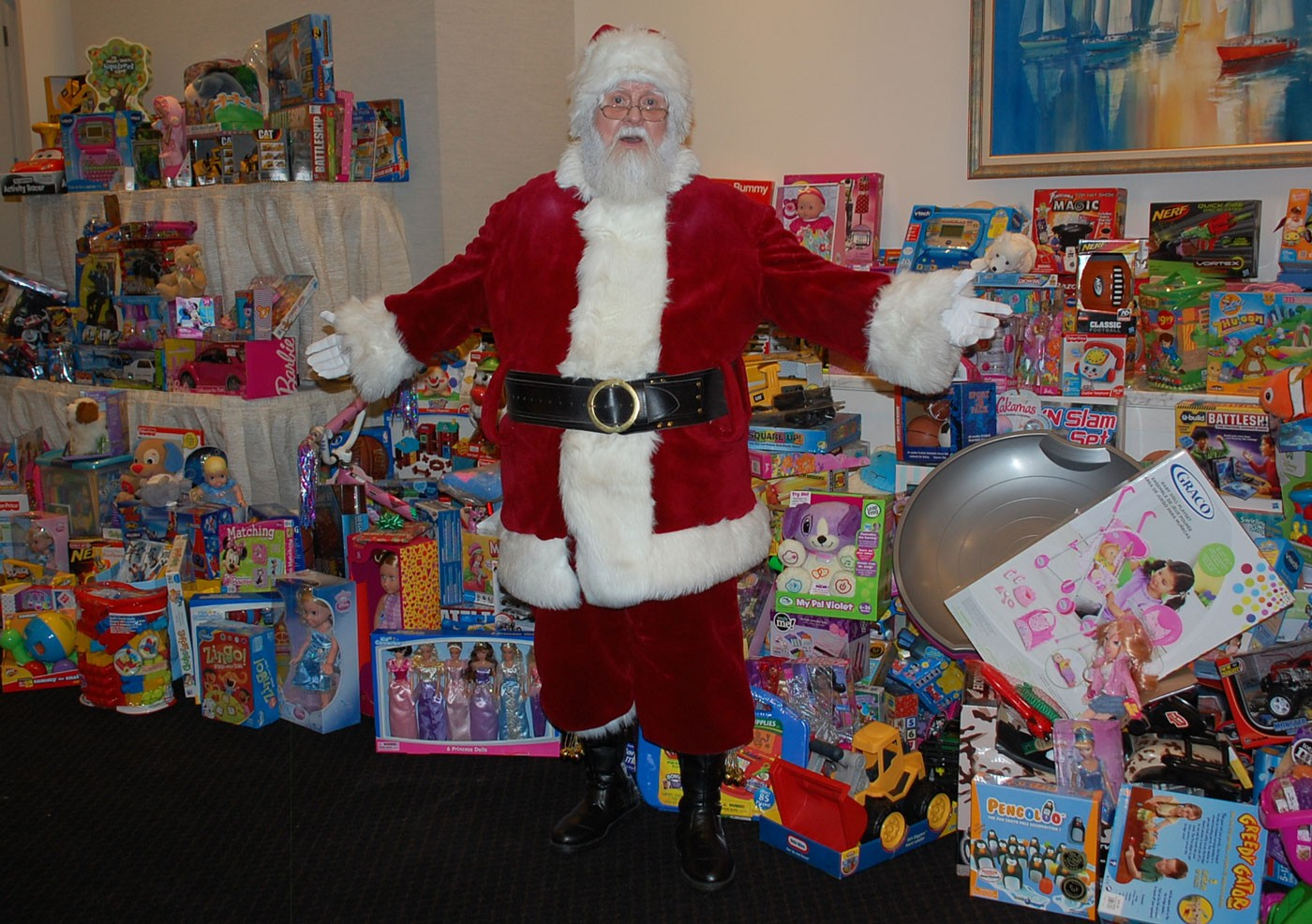 Santa Toys For Tots : Naperville park district police hosts toys for tots