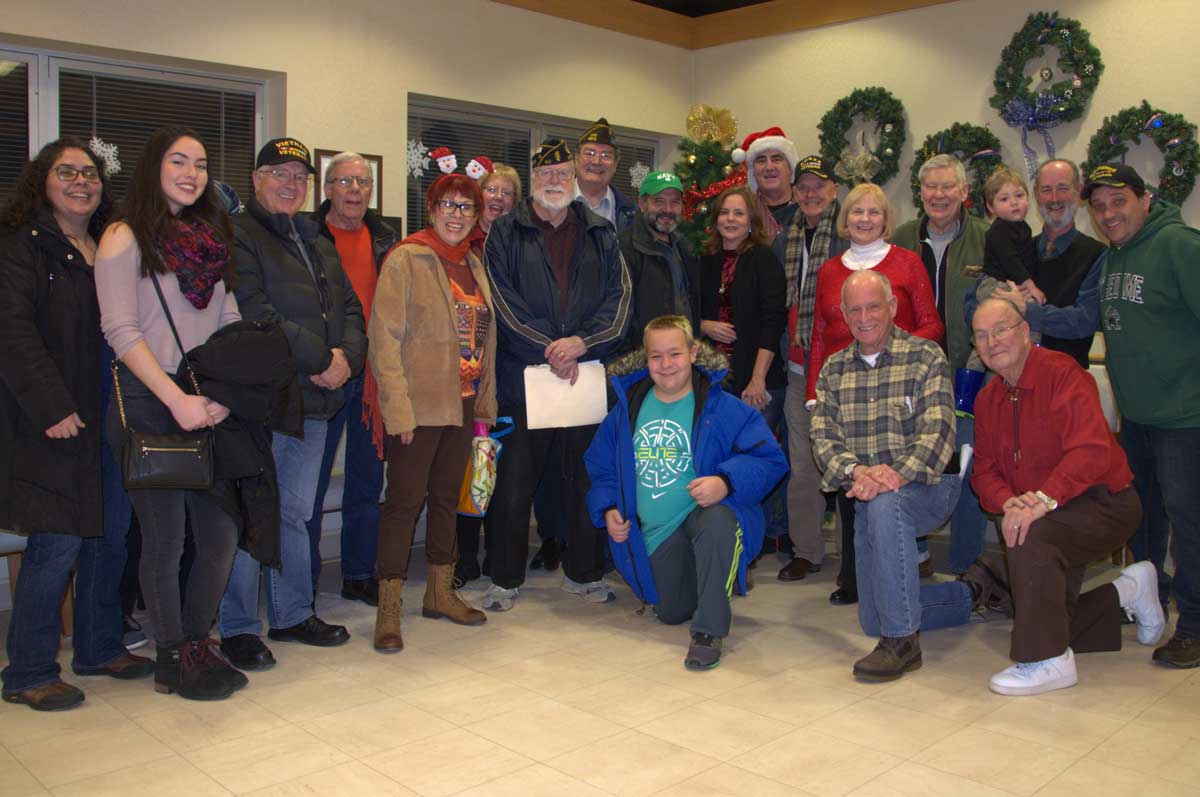 Visit hines va hospital and spread cheer positively naperville above a record 37 carolers from naperville arrived at hines va hospital for the annual sing along dividing into two groups to spread good cheer while sciox Gallery