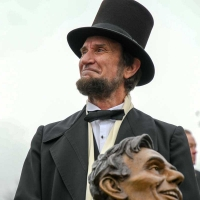 Laughing-Lincoln-0374-December-02-2018